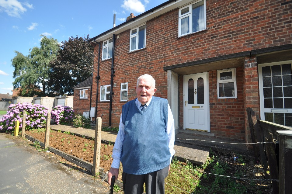 Ted Neville tenant Harrowby Grantham 1
