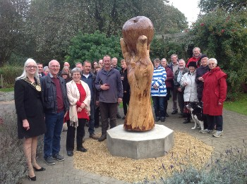 The newly refurbished Isaac's Apple was unveiled by Mayor of Grantham Cllr Linda Wootten, far left
